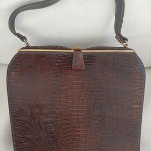 Handbags - Vintage crocodile purse w/handle